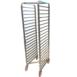 BAKERY RACK 40x60 20-rung Z-type Stainless steel Complete with 100mm PA/PU-wheel Rung distance 79mm Rung dimension 30x15x1,5mm