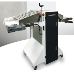 BREAD SLICER HORIZONTAL Sinmag TAGLIO 1-3 adjustable knifes Mobile 1~230VAC 50Hz 0,525kW  Max 130mm (H)  Max height 130mm
